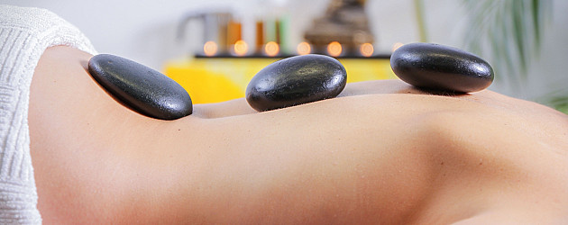 Heling med Hot Stone massage